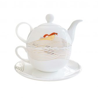 Quinn the fox teapot